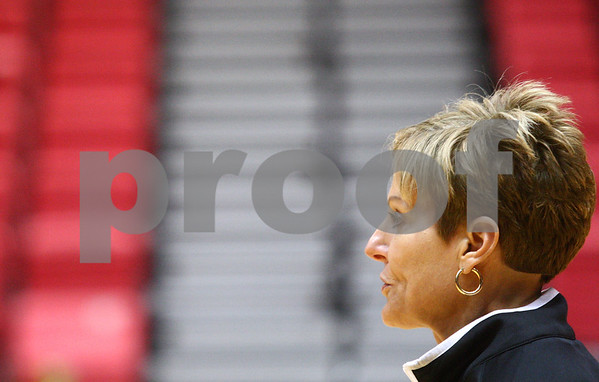 Kyle Bursaw – kbursaw@shawmedia.com<br /> <br /> Coach Kathi Bennett talks to her players at practice in the Convocation Center on Thursday, Nov. 1, 2012.
