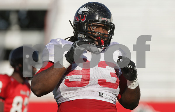 Rob Winner – rwinner@shawmedia.com<br /> <br /> Northern Illinois defensive tackle Ken Bishop participates in a drill during practice at Huskie Stadium in DeKalb Wednesday, Sept. 19, 2012.