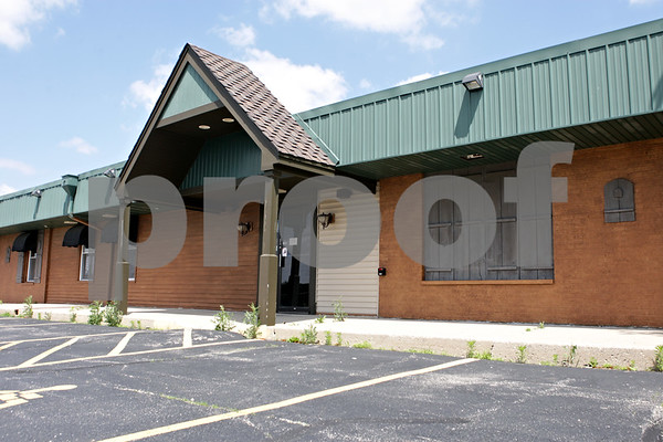 Rob Winner – rwinner@shawmedia.com<br /> <br /> The former Kish Corner Family Restaurant building located at 2496 DeKalb Avenue in Sycamore remains vacant as seen on Monday, June 3, 2013.