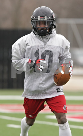 Rob Winner – rwinner@shawmedia.com<br /> <br /> Northern Illinois wide receiver Tommylee Lewis during practice at Huskie Stadium in DeKalb, Ill., Wednesday, March 27, 2013.
