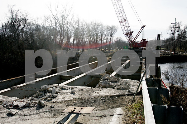 Rob Winner – rwinner@shawmedia.com<br /> <br /> The Five Points Road bridge that crosses the Kishwaukee River in Kingston, Ill., is under construction and will be completely replaced.<br /> <br /> Friday, Nov. 15, 2013
