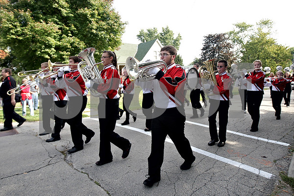 Monica Maschak - mmaschak@shawmedia.com<br /> The Indian Creek High School Marching Band plays a tune during the Indian Creek Homecoming Parade in Waterman on Saturday, September 28, 2013.
