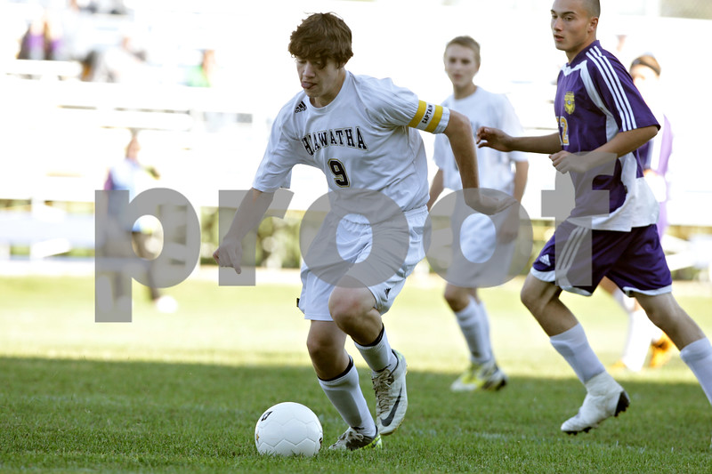 Rob Winner – rwinner@shawmedia.com<br /> <br /> Hiawatha's Gage Grant (9) controls the ball in the first half during a game against Serena in Kirkland, Ill., Monday, Sept. 23, 2013.