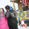 dnews_1205_FreezinForFood5