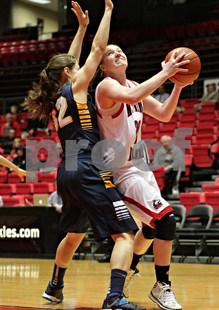Monica Maschak - mmaschak@shawmedia.com<br /> Northern Illinois' Jenna Thorp prepares to shoot in the first half against Toledo on Thursday, February 27, 2014. The Huskies beat the Rockets, 68-50 in overtime.