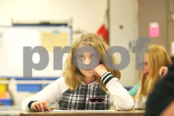 dnews_1031_SchoolReportCards1