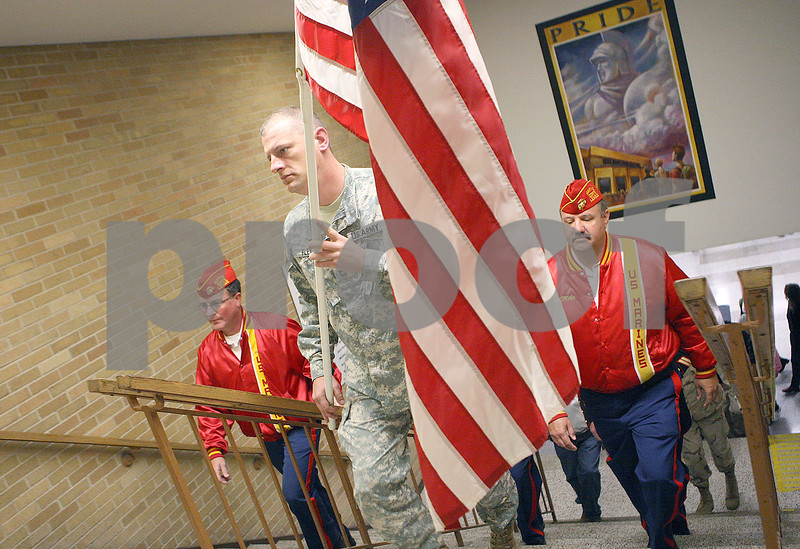 dnews_1112_VeteransDay4