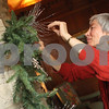 dnews_1114_EllwoodHouseHoliday3