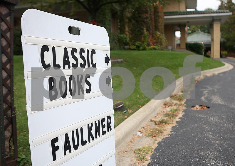 dnews_1008_BookstoreBlues4