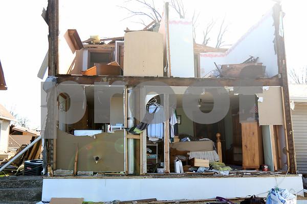 dnews_adv_fairdale_tornado4.jpg