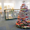 dnews_1208_LibraryBookTree1