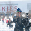 dnews_0203_NIUSnowballFight9