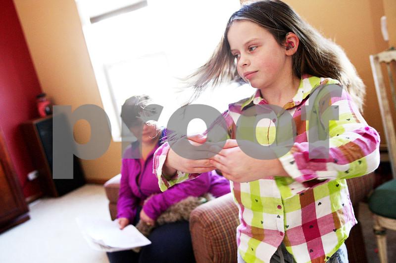dnews_0221_cochlear_implant1.jpg