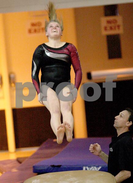 hspts_adv_state_gymnastics_vault4.jpg