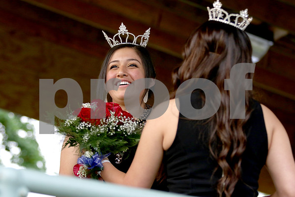 dnews_0703_kirkland_queen1.jpg