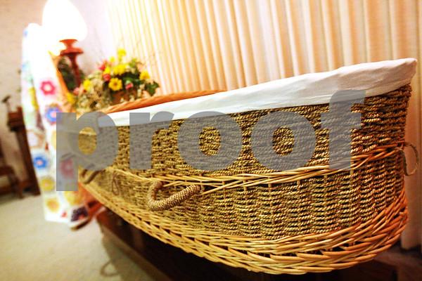 dnews_0311_green_funeral2.jpg