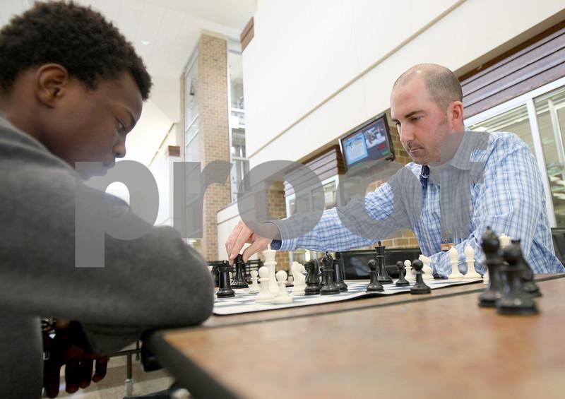 dnews_0327_chess_club2.jpg