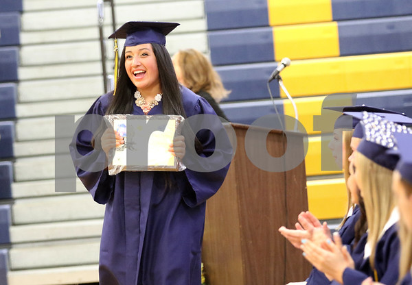dnews_0523_hiawatha_graduation4.jpg