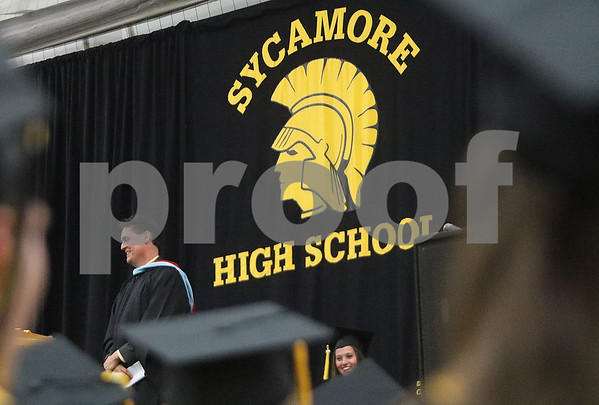 dnews_0525_SycamoreGraduation11