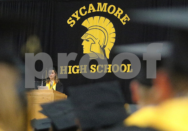 dnews_0525_SycamoreGraduation3
