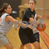 dspts_1117_dekgirls_hoops5.jpg