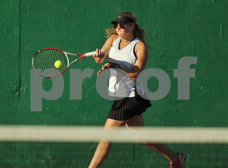 kspts_1001_syc-kane_tennis1.JPG
