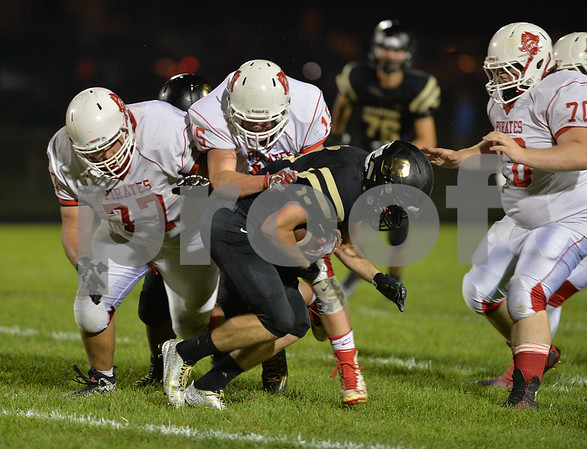 dspts_0926_syc_ott_football7.jpg