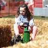 knews_thu_413_ALL_tractor7