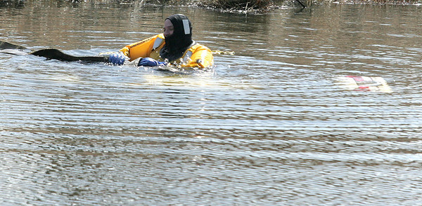 hnews_thu403_pond_rescue_WEB