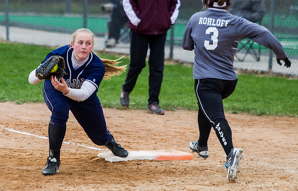 20140423 - Softball Cary-Grove Prairie Ridge (KG)