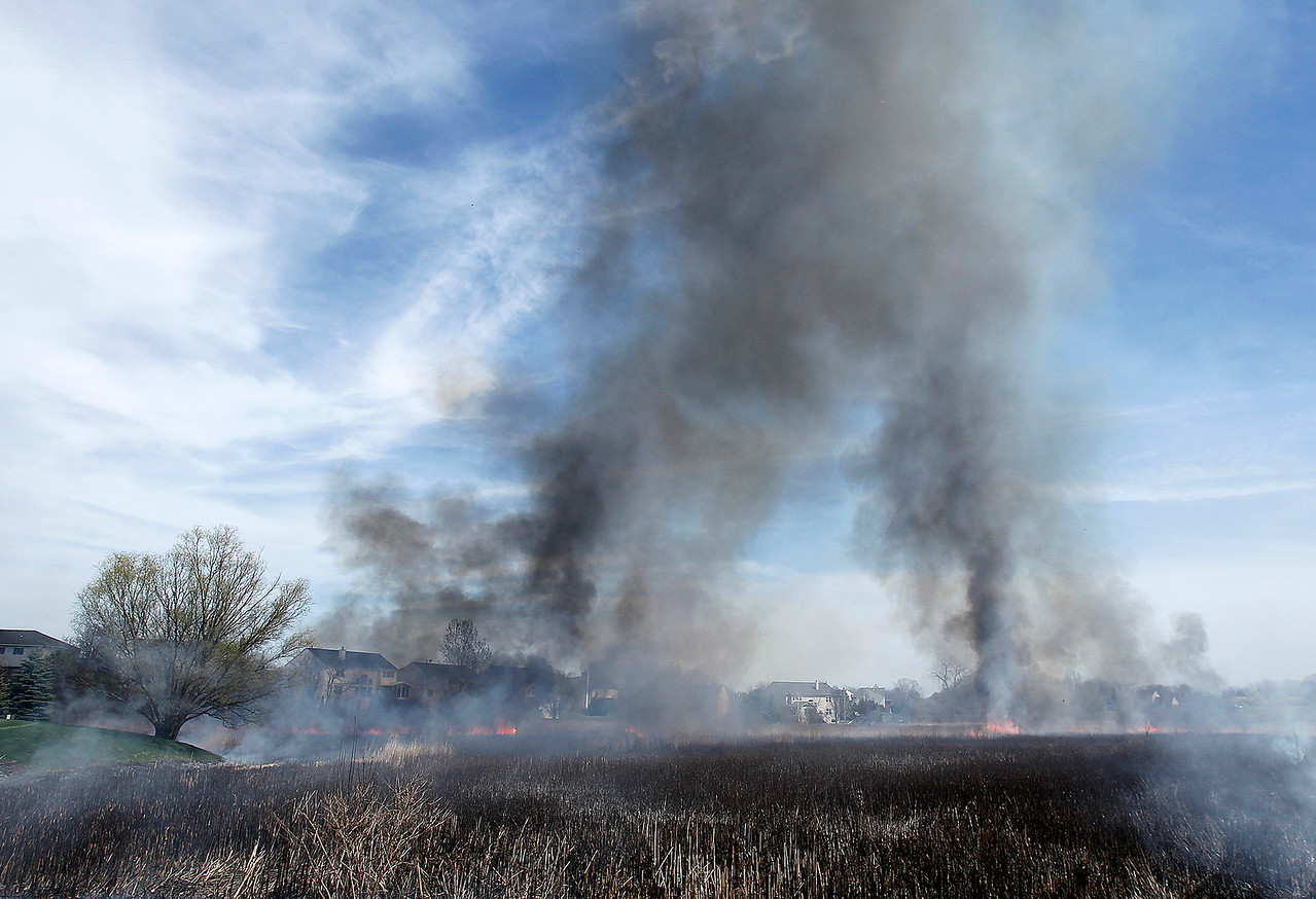 hnews_wed0415_Uncontrolled_Burn_