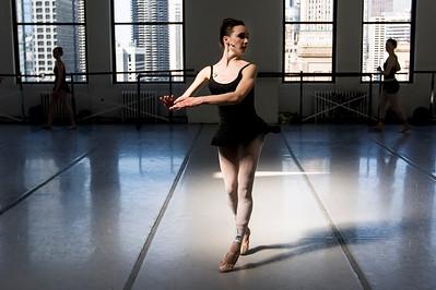 hnews_thur0407_ballerina17.jpg