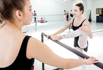 hnews_thur0407_ballerina8.jpg