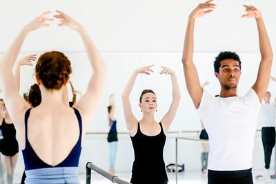 hnews_thur0407_ballerina3.jpg