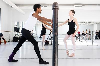 hnews_thur0407_ballerina11.jpg