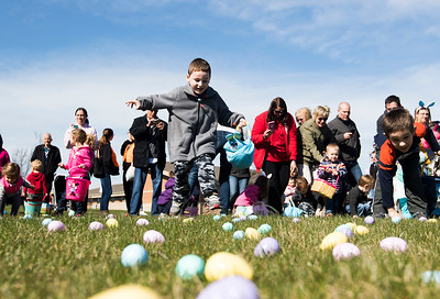 hnews_sun0408_Easter_Egg_Hunt.jpg