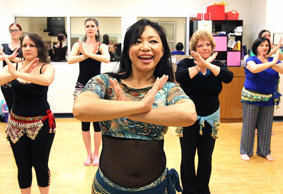 LCJ_0427_Belly_Dancing_D_COVER