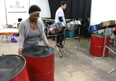 HSTYLE_0410_Linc_Steeldrums_09