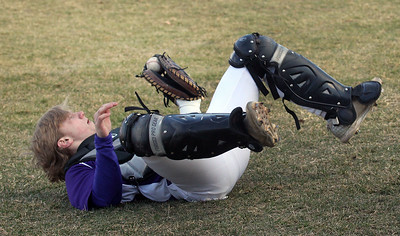 Candace H. Johnson-For Shaw Media Wauconda's Camden Janik makes the catch for an out against Grant in the third inning at Grant Community High School in Fox Lake. Grant won 15-8. (4/2/19)