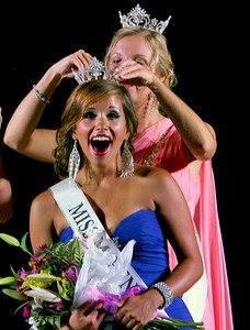 Sarah Nader - snader@shawmedia.com Samantha Bolet, 17, of Lake in the Hills is crowned the winner of the 64th Miss McHenry County Pageant at the McHenry County Fairgrounds on Wednesday, August 1, 2012.