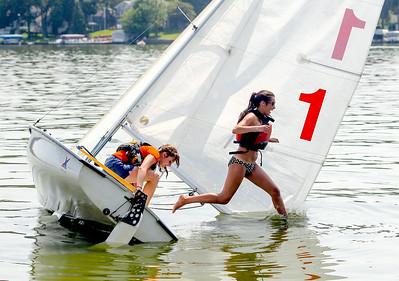 hnws_thur0821_johnsburg.sailingteam01.JPG