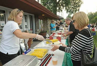 Chamber event sizzles after golf