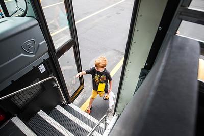 hnews_thur0911_Bus_Safety3.jpg