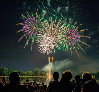 Thousands of area residents showed up for the annual Lakemoor Fest fireworks along Lily Lake in Lakemoor during the annual Lakemoor Fest Saturday, August 12, 2017. KKoontz – for Shaw Media