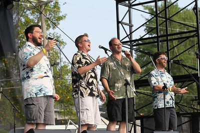 """Candace H. Johnson-For Shaw Media Noah Miller, Greg Lee, Steve Schoultz and Loren Shevitz, all of Chicago with the Northsiders, an acapella quartet, sing, """"Come Fly With Me,"""" during Lindenfest at Slove Park in Lindenhurst. (8/11/18)"""