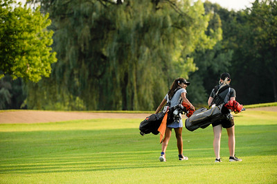 nwh.clc.girls.golf.preview-3