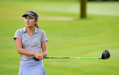 nwh.clc.girls.golf.preview-10