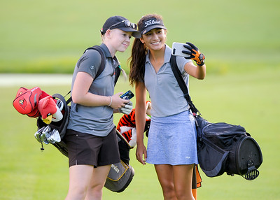 nwh.clc.girls.golf.preview-1