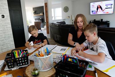 hnews_0817_homeschooling
