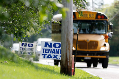 hnews_0826_tenant_landlord